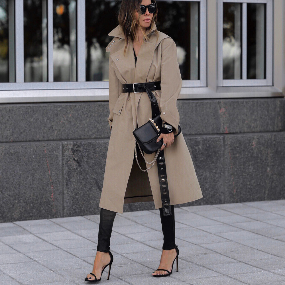 Coats Every Woman Should Own, trench coat, fall outfit inspiration by lolario style | lolariostyle.com