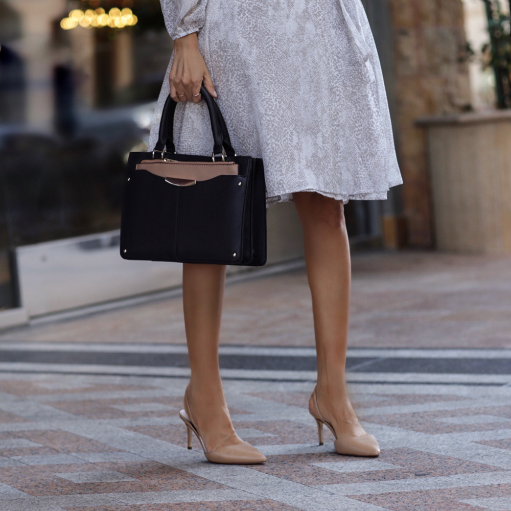 How to Style Snakeskin for the Office, Ann Taylor Snakeskin Print Collection, Snakeskin trend 2019, Snakeskin outfit, Ann Tayor snakeskin wrap dress | LolaRioStyle.com