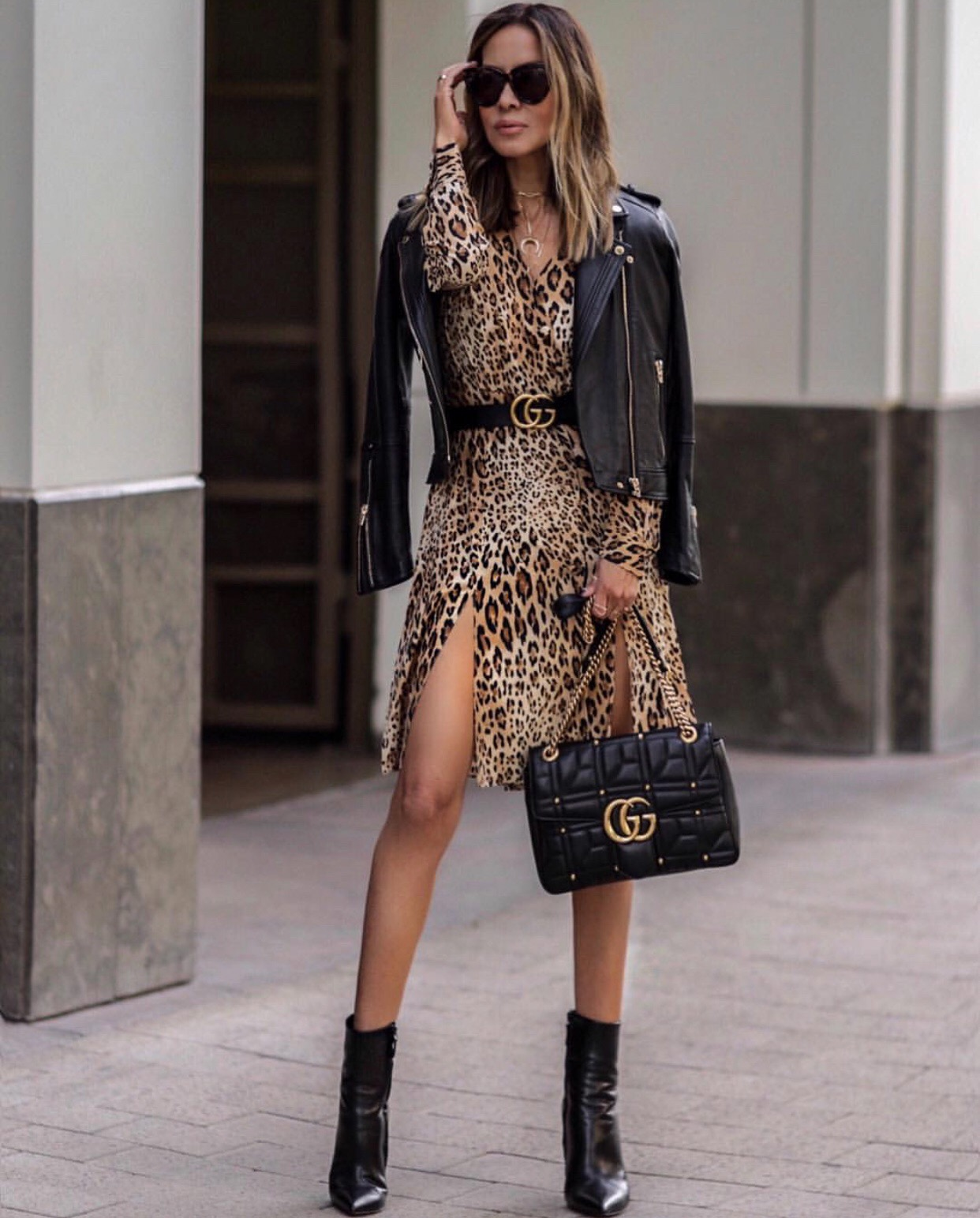 animal print dress with gucci belt, leather jacket // lolariostyle.com