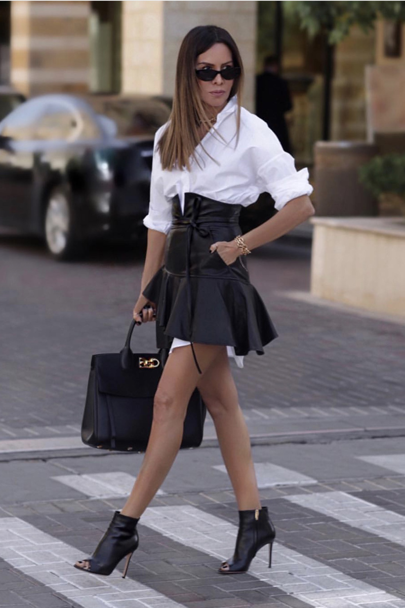 leather pieces for spring, leather skirt, lolario style | lolariostyle.com