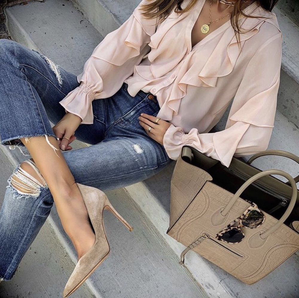 shoes every woman needs, classic nude pumps | lolariostyle.com