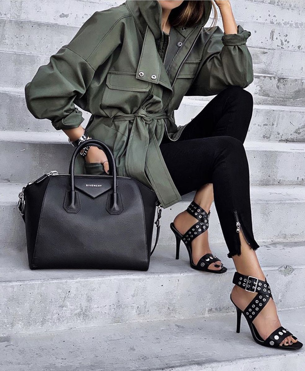 color combinations to wear, utility jacket, olive and black outfit | lolario style