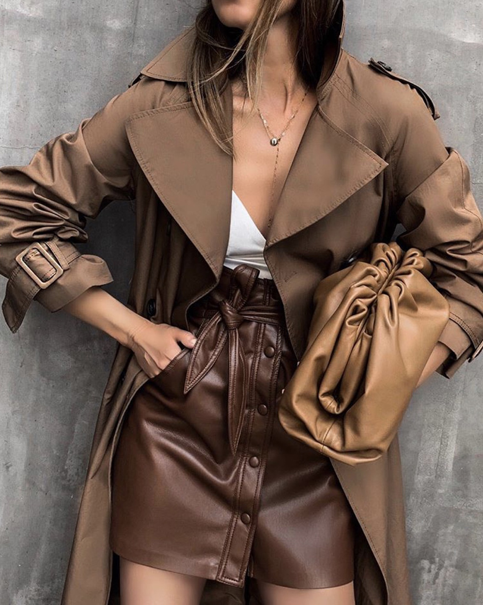 monochromatic brown outfit, camel outfit   lolario style