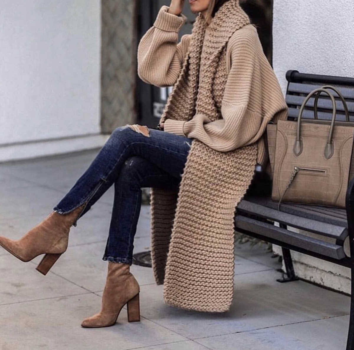 sweater styles, chic sweater styles, sweater styles of fall 2019, chunky sweater outfit, fall style inspiration, chunky knit scarf | lolario style