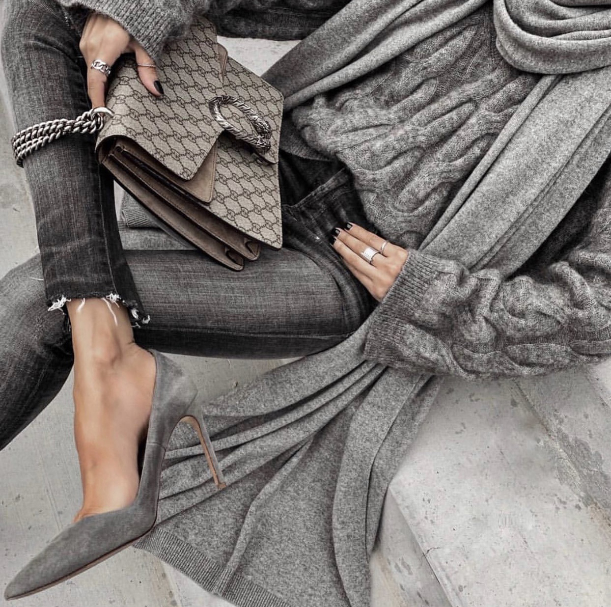 sweater styles, chic sweater styles, sweater styles of fall 2019, gray monochromatic outfit, cable knit sweater   lolario style