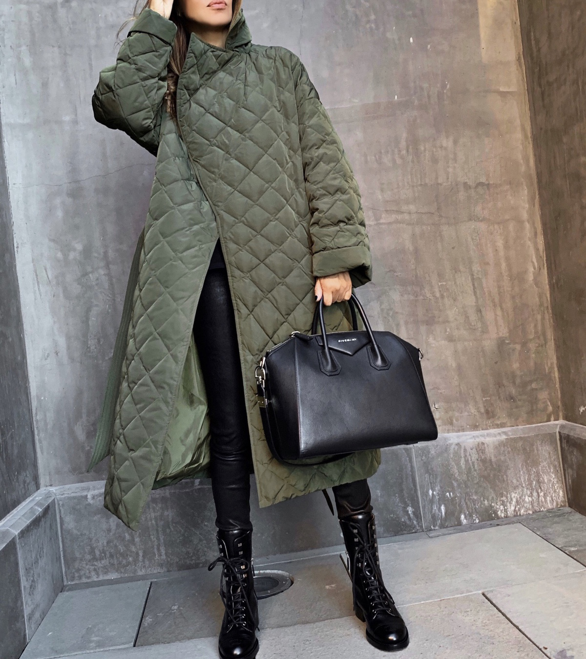 Coats Every Woman Should Own, quilted maxi coat, fall outfit inspiration by lolario style | lolariostyle.com
